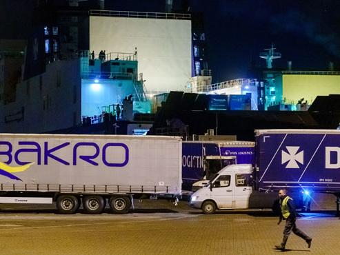 25 migrants découverts dans un conteneur frigorifique sur un ferry vers la Grande-Bretagne