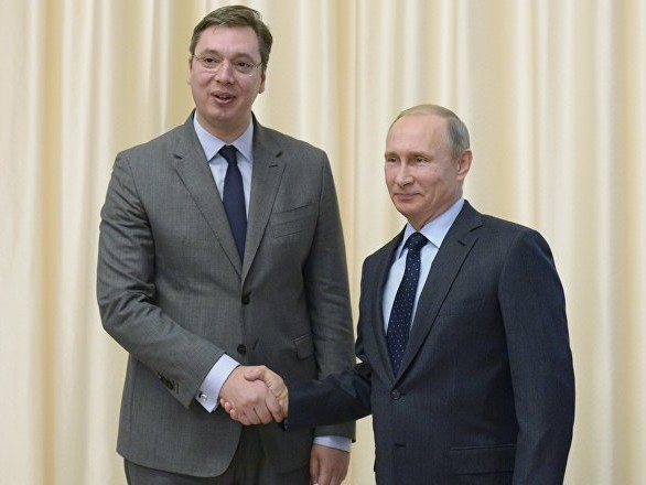 «Nous avons acheté les armes russes que Poutine m'avait conseillées pendant le défilé de la Victoire»