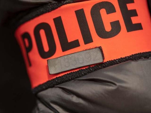 Seine-Saint-Denis : un policier agressé lors d'un contrôle sort son arme
