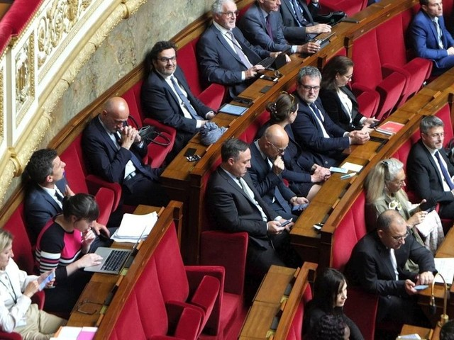 Immigration : des députés LREM s'opposeront aux mesures du gouvernement