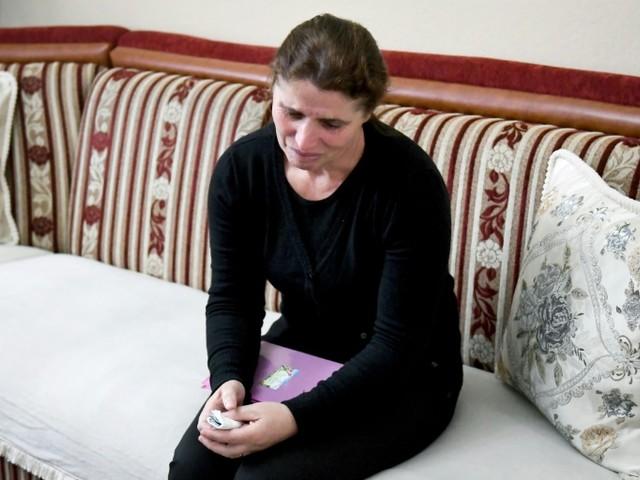"""""""Sortez mes enfants de l'enfer"""" d'Al Hol: la supplique des familles albanaises"""