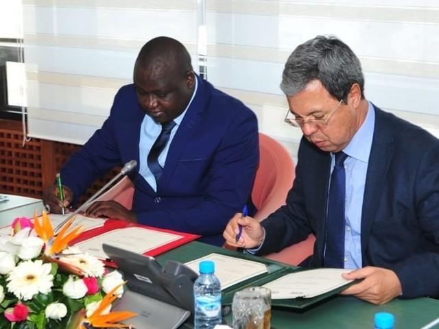 Le groupe CDG et la CDC du Niger signent un accord de coopération bilatérale