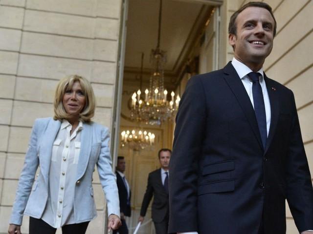 """Près de 200000signataires pour une pétition """"contre le statut de Première dame pour Brigitte Macron"""""""