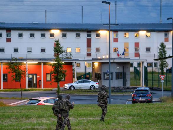 Suite à la prise d'otages, les surveillants de la prison de Condé-sur-Sarthe refusent de reprendre leur service