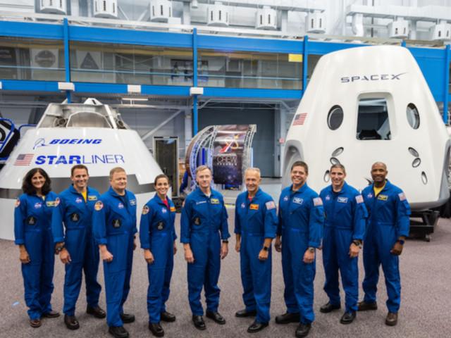 La Nasa nomme 9 astronautes pour piloter les premières capsules privées