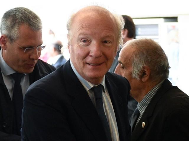 """Bonne nouvelle pour Édouard Philippe, Brice Hortefeux ne """"le déteste pas"""", il """"l'insupporte"""" seulement"""