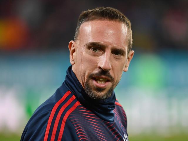 Franck Ribéry hospitalisé : il donne de ses nouvelles après son opération