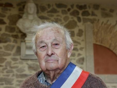 A 100 ans, le plus vieil élu de France ne se réprésente pas aux municipales