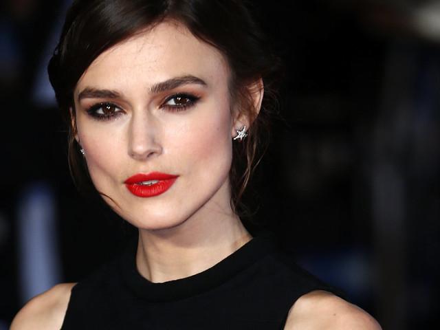 """Keira Knightley ne joue plus dans des films contemporains car """"les personnages féminins se font pratiquement tout le temps violer"""""""