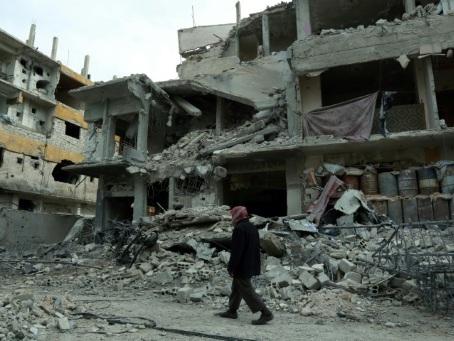 """Syrie: la Ghouta attend la """"trève humanitaire"""" décidée par Moscou"""