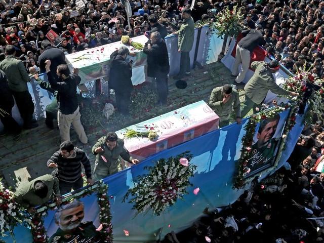 En Iran, des dizaines de morts lors des funérailles de Soleimani