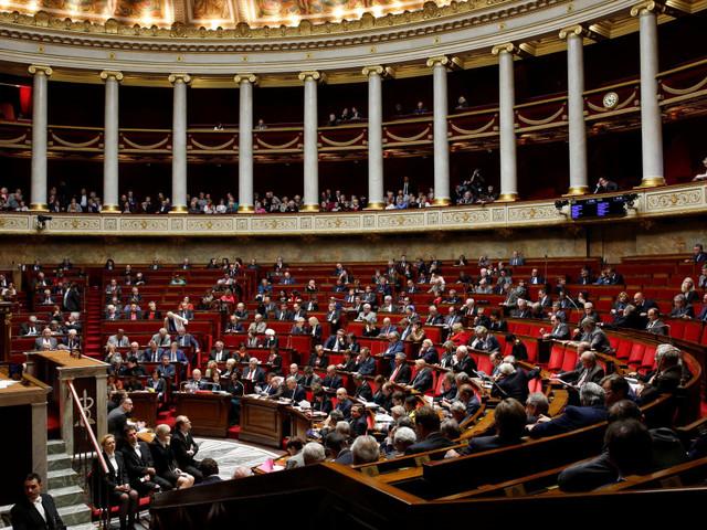 La proportionnelle à l'Assemblée et la réduction du nombre de parlementaires, une réforme à risques