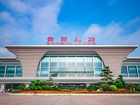 La Chine vient d'inaugurer un train autonome sans conducteur se déplaçant sur des rails virtuels