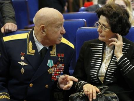 """Mort d'Alexeï Leonov, le premier """"piéton de l'espace"""""""