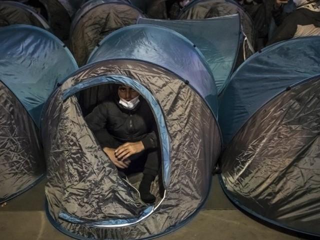 Démantèlement de camps de migrants: trois préfets accusés de «complicité de violences volontaires»