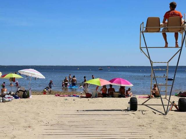 Surveillance des plages en Gironde : recrutement des maîtres nageurs sauveteurs