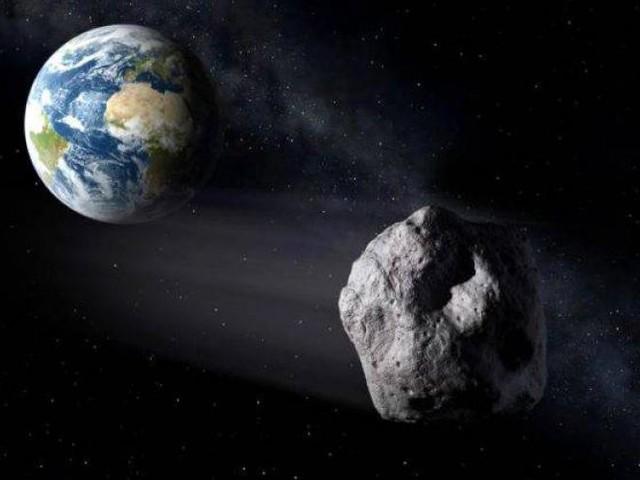 Un astéroïde de 650m de large va frôler la terre ce mercredi