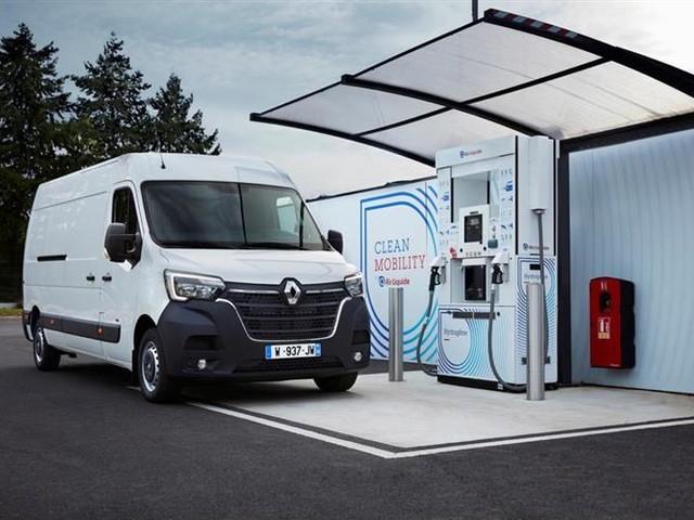 Renault Kangoo et Master ZE : les utilitaires électriques adoptent l'hydrogène