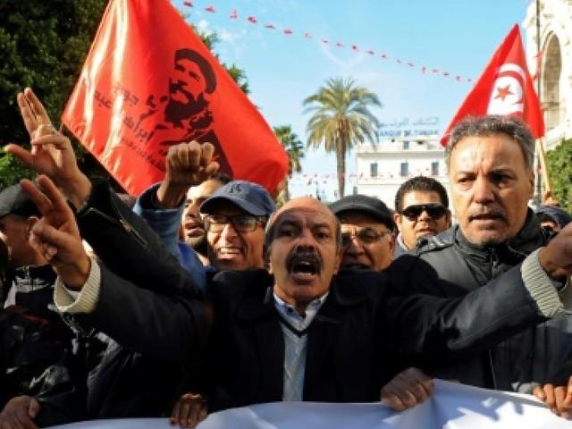 En Tunisie, des contestations nourries par une économie bloquée