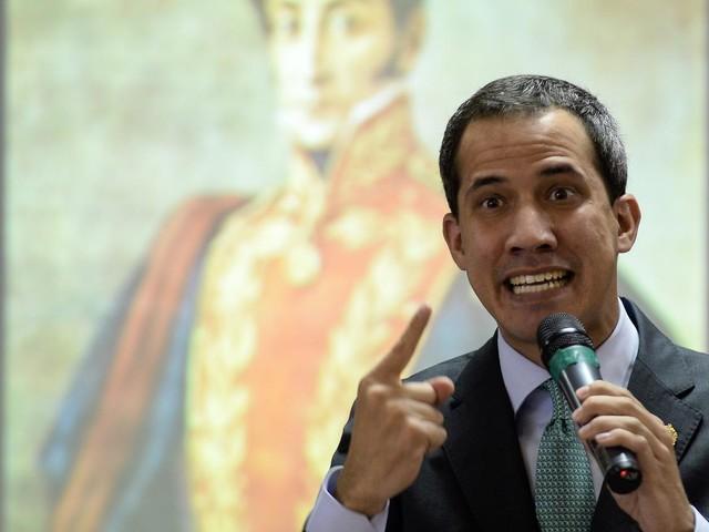 """Venezuela : le pouvoir lance une enquête pour """"haute trahison"""" contre l'opposant Juan Guaido"""