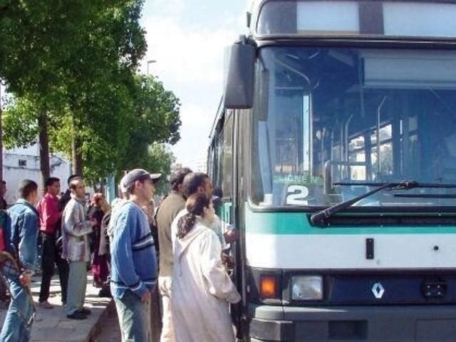 """La FGD qualifie la gestion déléguée des bus à Casablanca de """"catastrophique"""""""
