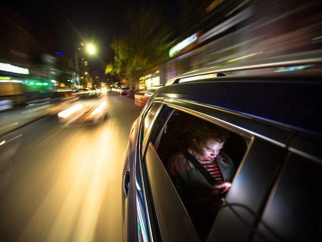 Près de 6 000 agressions sexuelles enregistrées dans des Uber aux États-Unis : la colère des utilisatrices