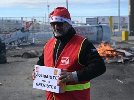 Retraites: un Noël aux couleurs de la grève