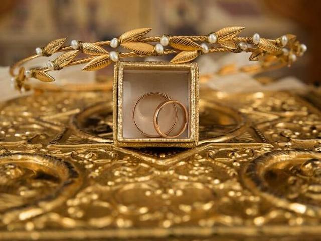 Une femme bradait les bijoux du palais royal