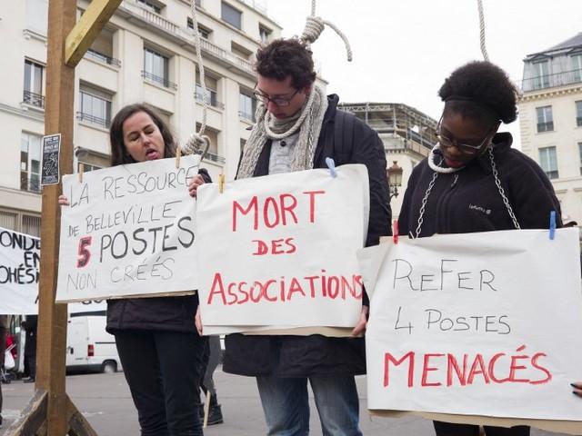 """Réforme des contrats aidés : une """"mise à mort"""" des associations et des communes rurales"""