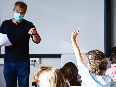 Retour à l'école: les professeurs sont prioritaires pour les tests Covid-19