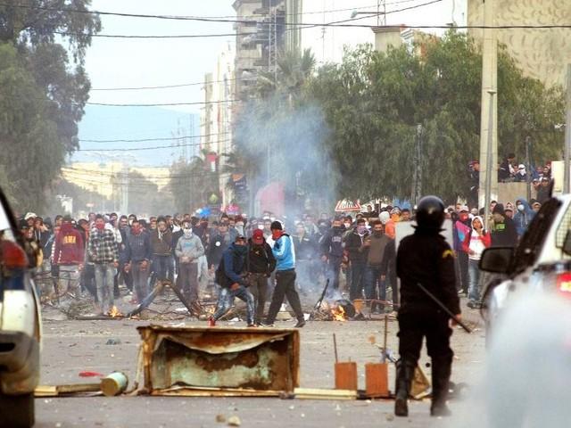 Chronique: Les protestataires, à visage découvert!