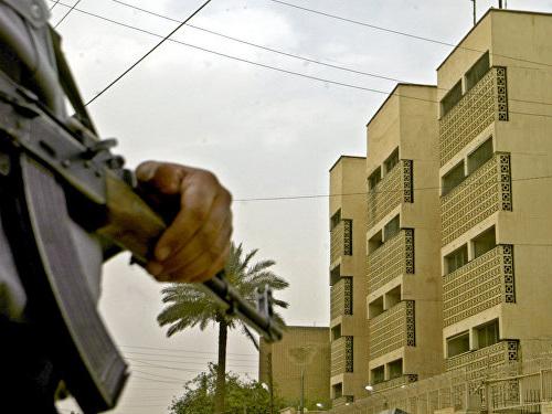 Attentat suicide dans le centre de Bagdad, des victimes - vidéo