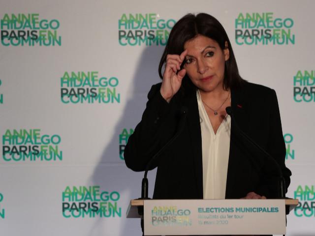 Paris : où est passée Anne Hidalgo ?
