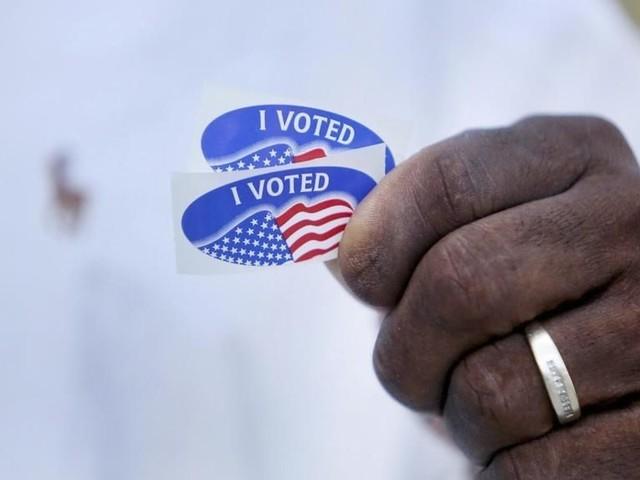 À la Une: le vote anticipé en Floride