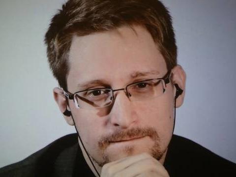 Asile politique: «Le problème de la France, c'est qu'Edward Snowden lui demande de prendre position»
