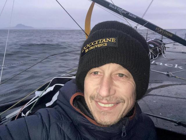 """Vendée Globe: deux mois seul en mer, Tripon fait """"l'expérience d'une vie décroissante"""""""
