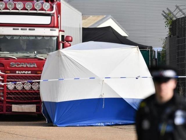 Migrants morts à bord d'un camion en Angleterre: les familles des victimes en désaccord sur la manière de rapatrier les défunts