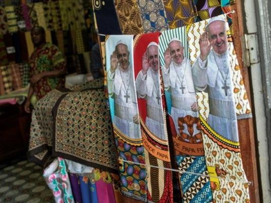 Le pape François chez les déshérités du Mozambique et de Madagascar