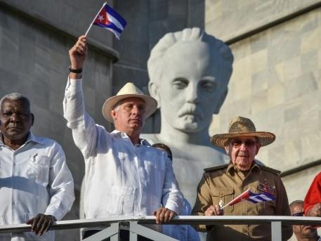Cuba s'ouvre à une nouvelle génération mais garde le cap sur le socialisme