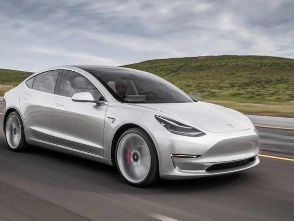 Tesla : sa Model 3 a été homologuée pour les routes européennes
