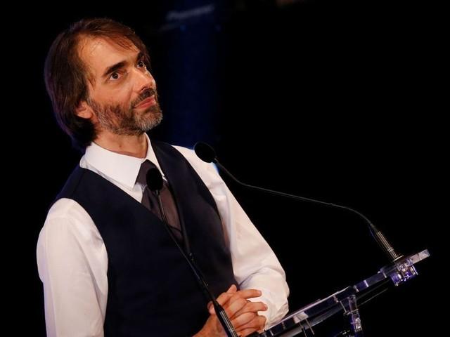 Retraites : Cédric Villani réclame un référendum