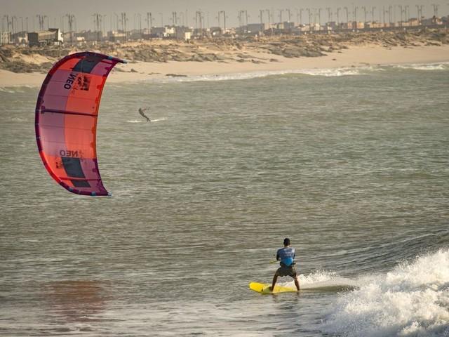 """En images. Sahara occidental : Dakhla, du poste militaire au """"spot"""" prisé de kitesurf"""