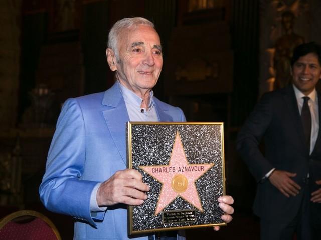 VIDÉO - Charles Aznavour a inauguré son étoile à Hollywood