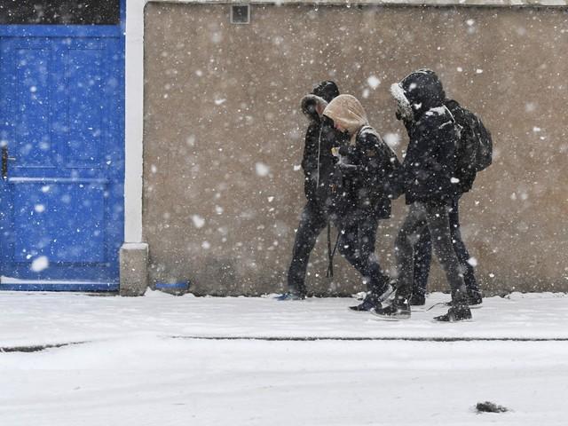 Météo France place 32 départements en vigilance orange neige et verglas