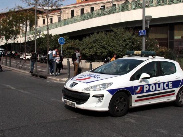 Attaque au couteau à Marseille: un frère du tueur de Marseille arrêté en Italie