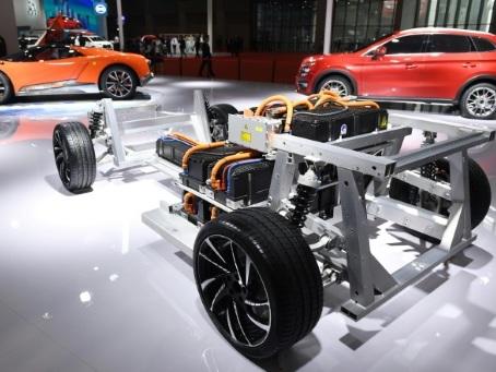 Bataille des batteries auto: face à la Chine, le réveil douloureux de l'Europe