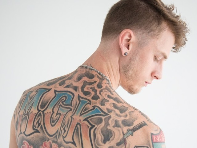 Machine Gun Kelly : reprise du titre Numb de Linkin Park