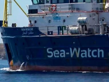 Le bras de fer se poursuit autour du Sea-Watch bloqué face à Lampedusa