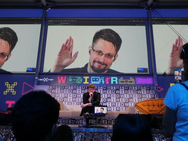 Le livre d'Edward Snowden, Mémoire Vive, paraîtra le mois prochain. Par Nick Statt