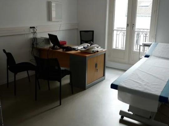 """""""On risquait le burn-out"""" : un poste d'assistant médical créé à Valençay pour soulager et aider un médecin"""